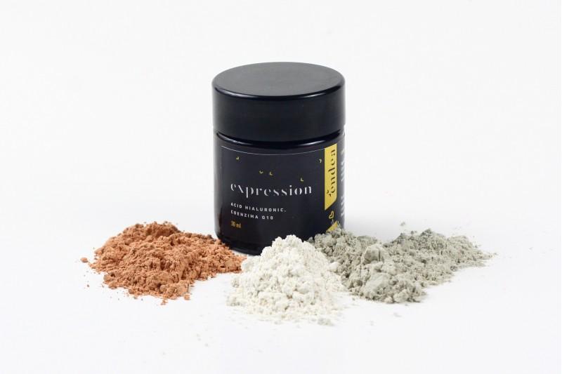 Exfoliant facial / Mască de față cu acid hialuronic și coenzima Q10 | Endea - Tested on friends