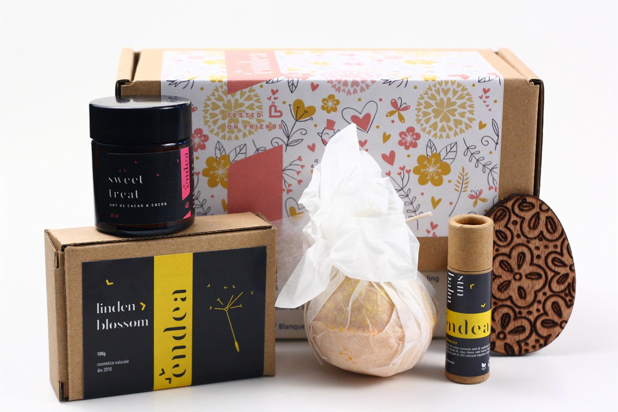 Pachet cadou cu produse naturale pentru sărbători (Citrus Fresh, Sweet Treat, Lollipop, săpun de sezon)